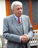 Portraitfoto von Werner Müller