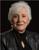 Olympia  Dukakis  | New York City | Trauer.de